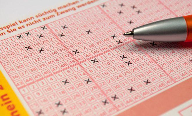 Müssen Lottogewinne Versteuert Werden
